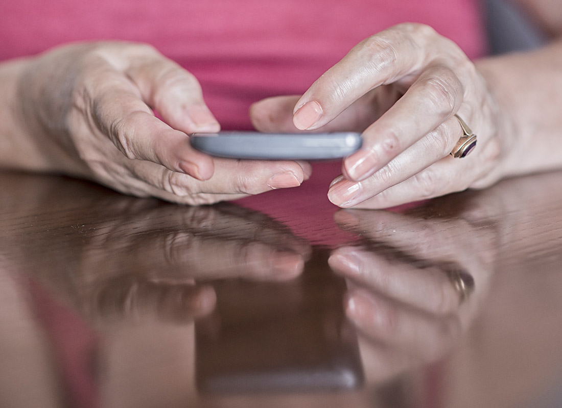 Staying connected on a mobile phone