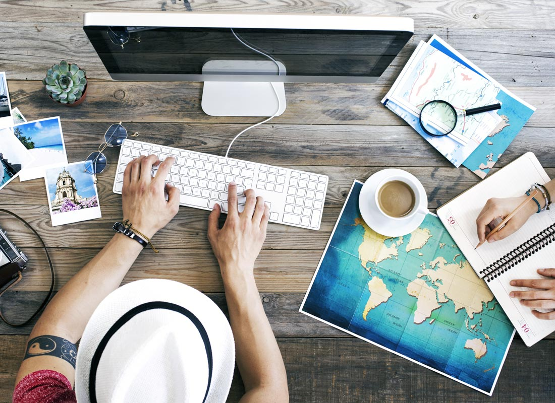 Planning a holiday and reading travel blogs for tips on places to stay